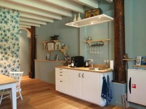 Gastenwoonkamer-pantry