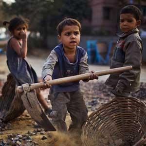 Pak kinderarbeid serieus aan. Teken de petitie.